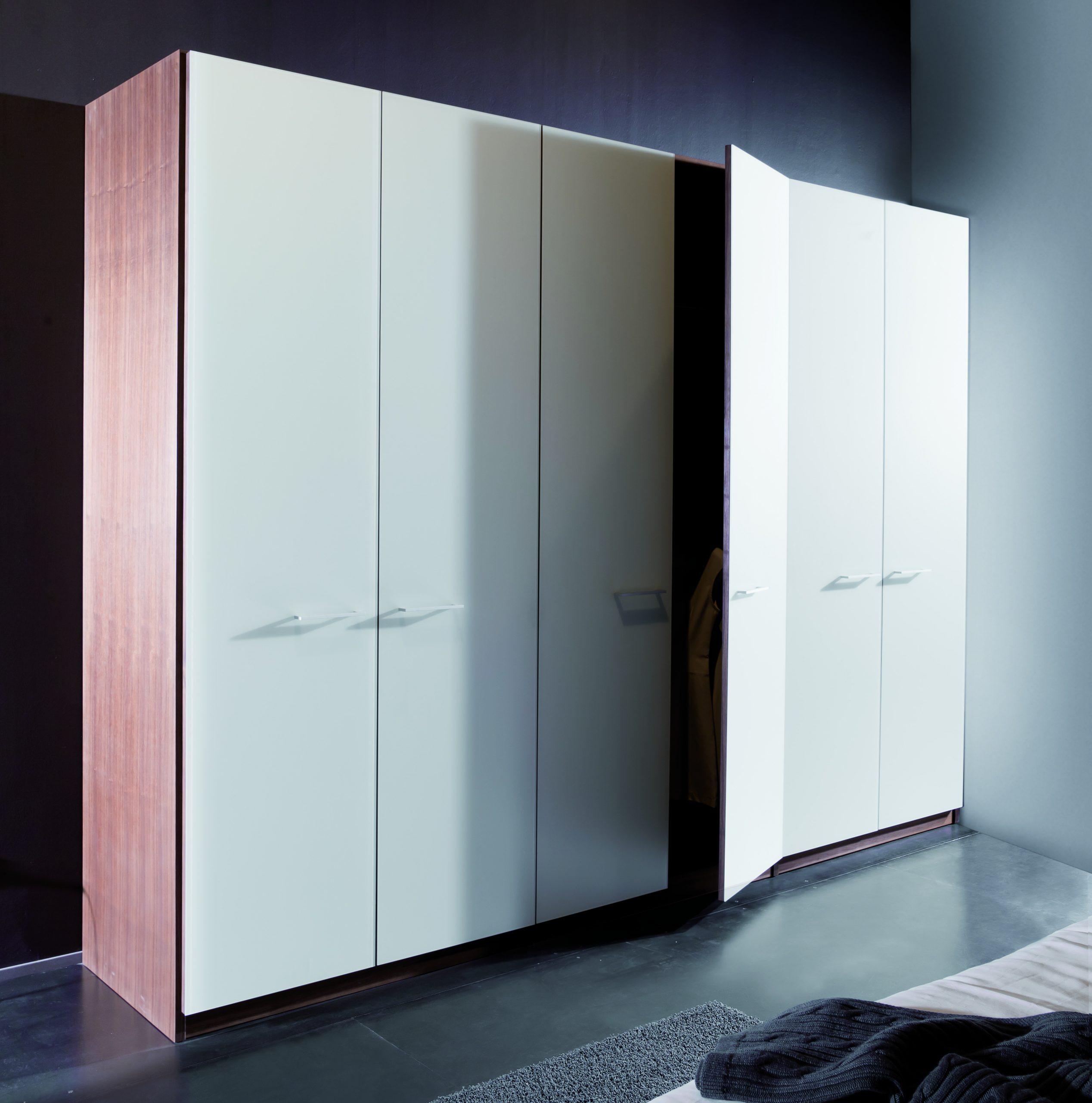 Ruhe und Raum Schrank Modena - weiß nuss