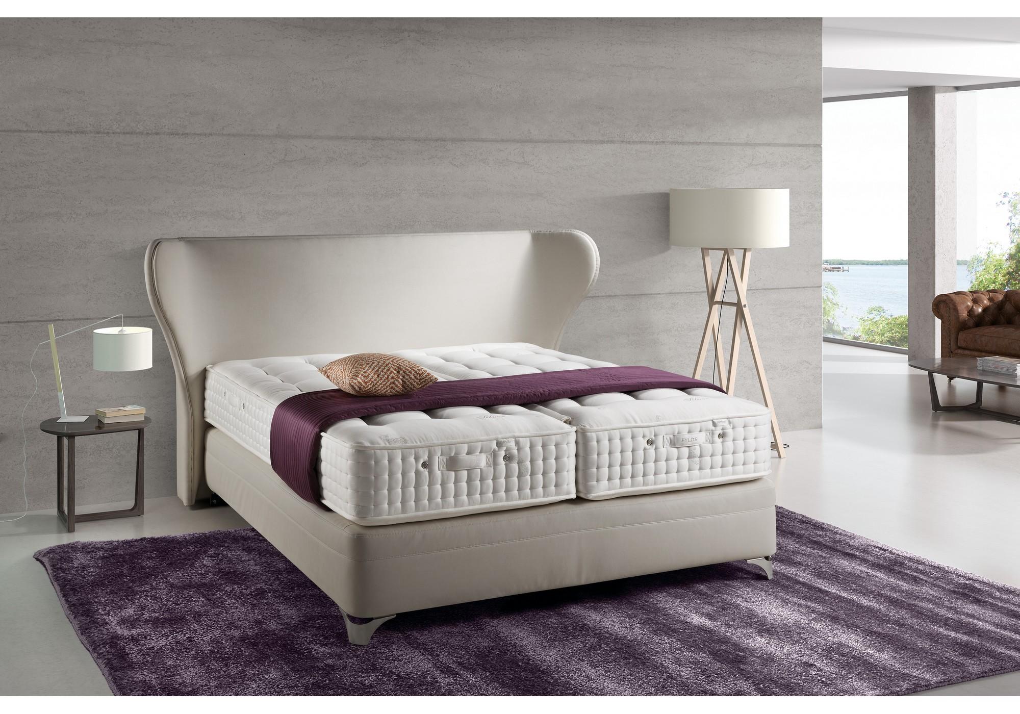 fylds boxspringbett mit kopfteil cr vecoeur betten kraft. Black Bedroom Furniture Sets. Home Design Ideas