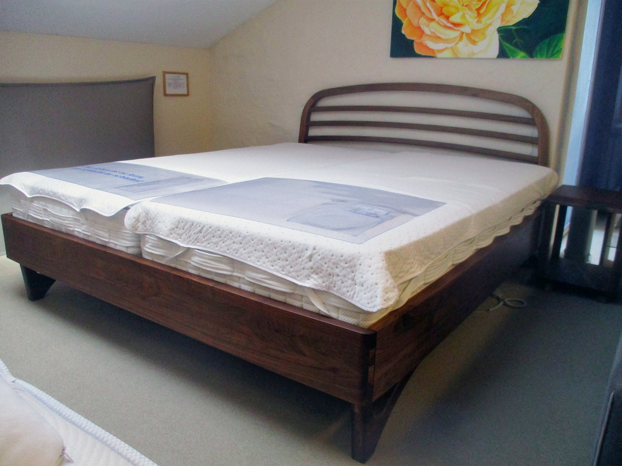 Angebot Bettgestell dormiente Liv Nussbaum massiv